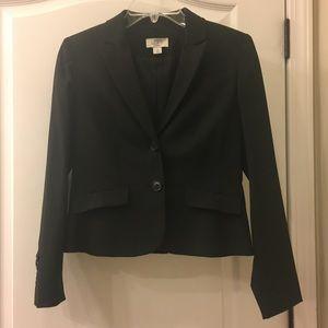LOFT suit jacket/blazer. Black. Size 2P
